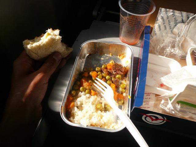 Еда на борту