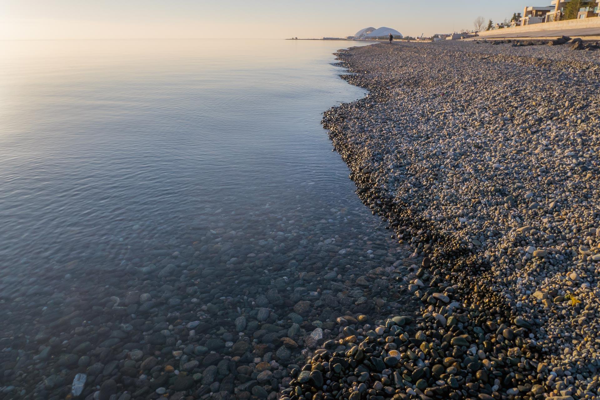 Море в Адлере на закате