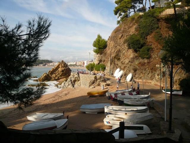 Лодки, пляж