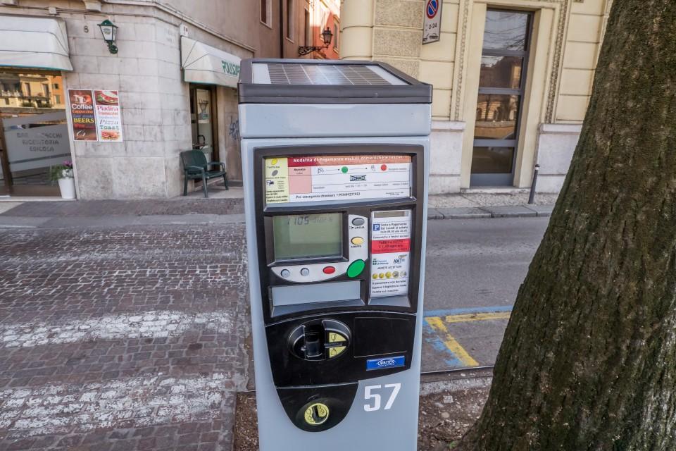 Парковочный автомат в Вероне