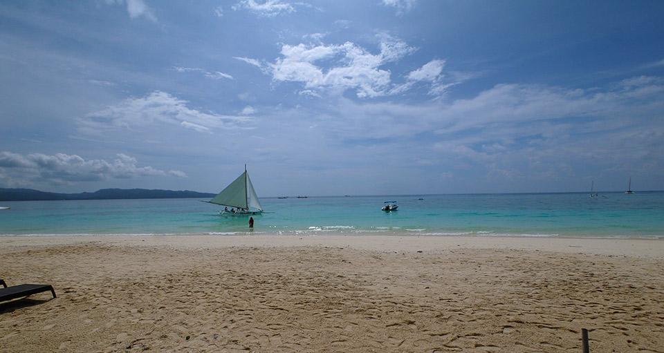 White beach. Боракай
