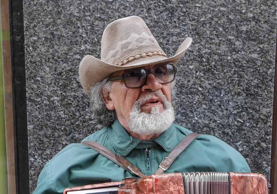 Музыкант в Риге