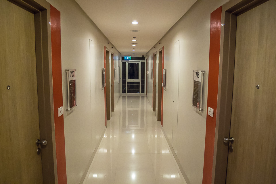 Tune Hotel, Манила