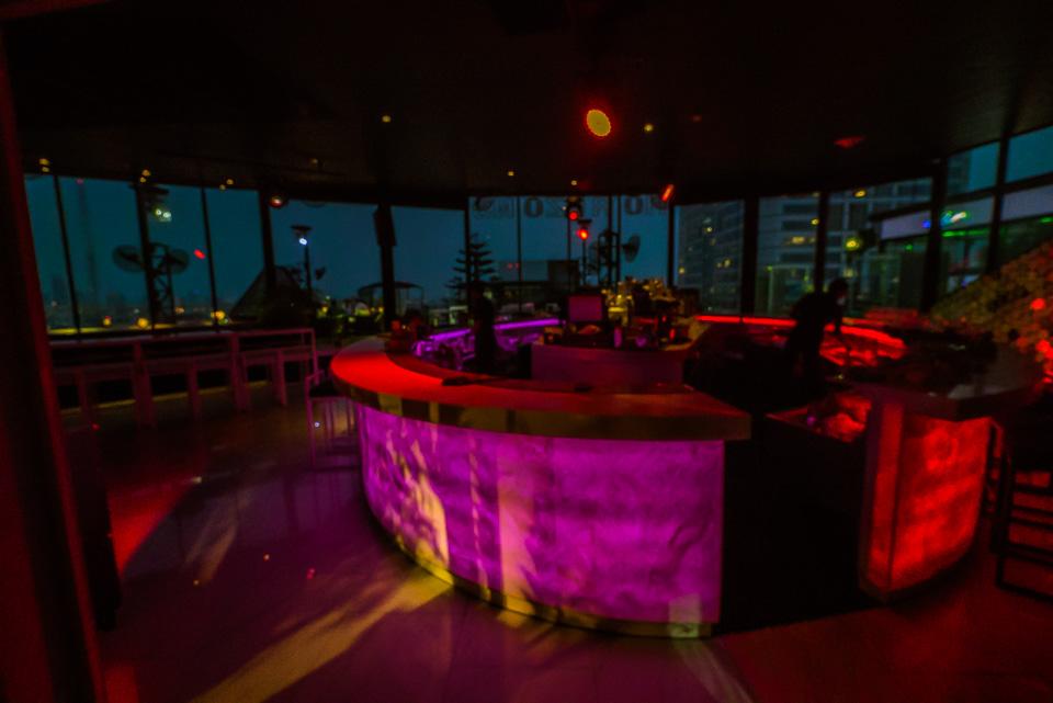 Бар Horizons @ Heaven на крыше ZEN World в Бангкоке