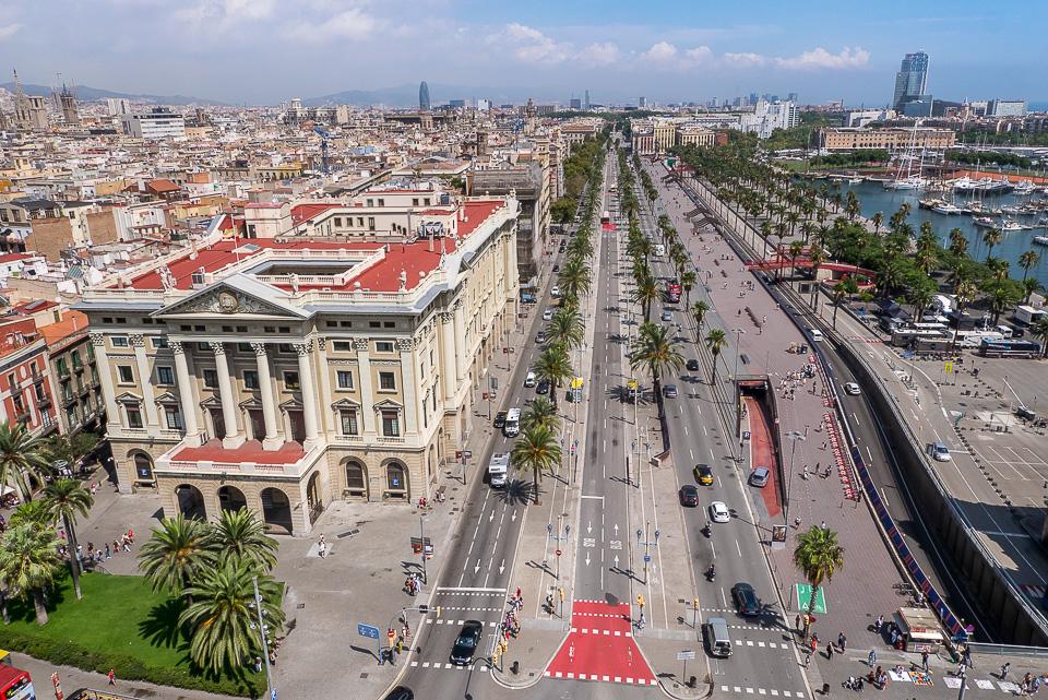 Монумент Колумбу в Барселоне