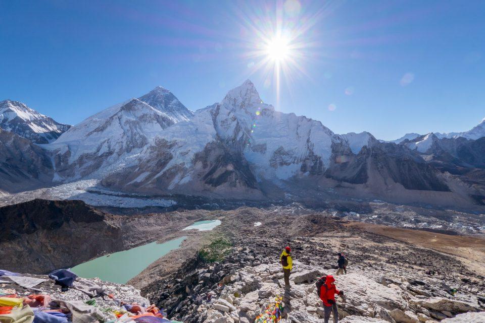 Вид на Эверест с вершины Кала-Паттар