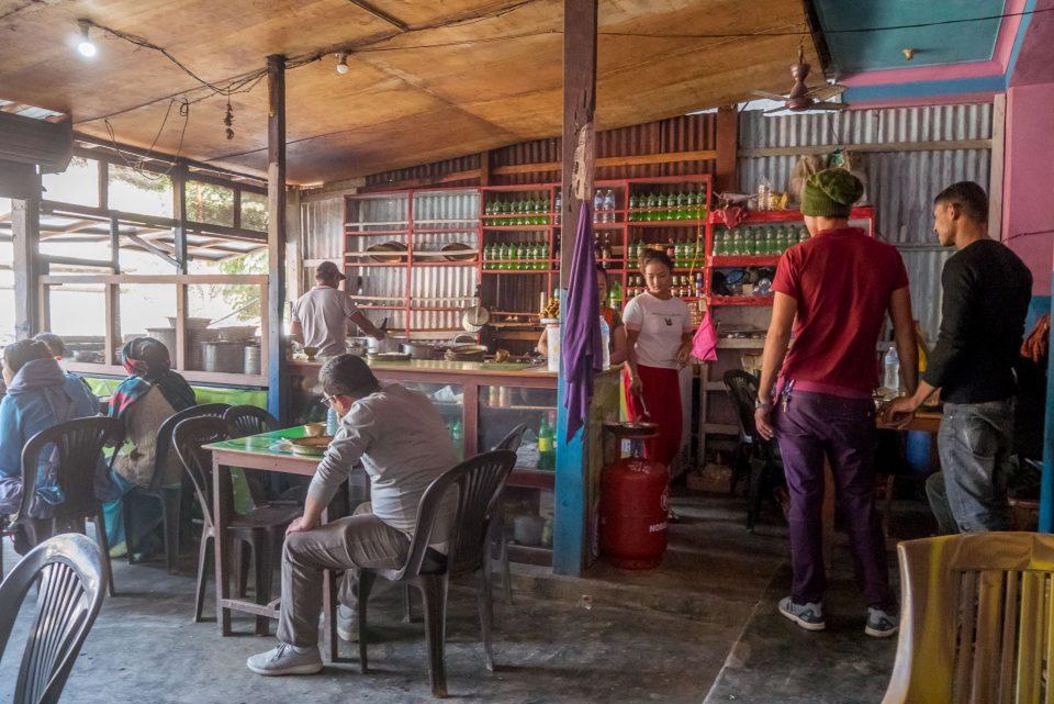Интерьер придорожного кафе