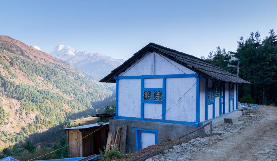 Домик с видом на горы