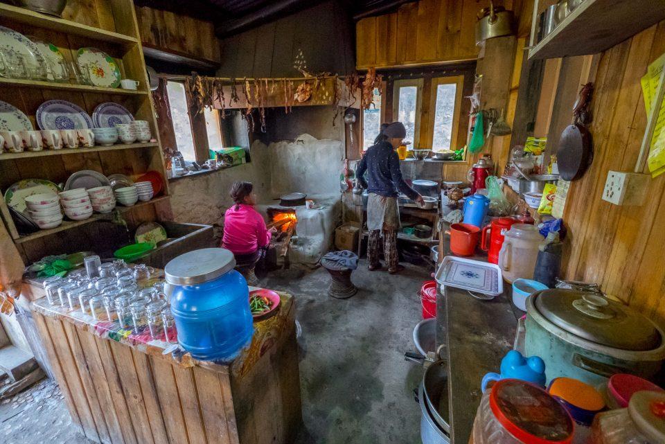 На кухне в лодже