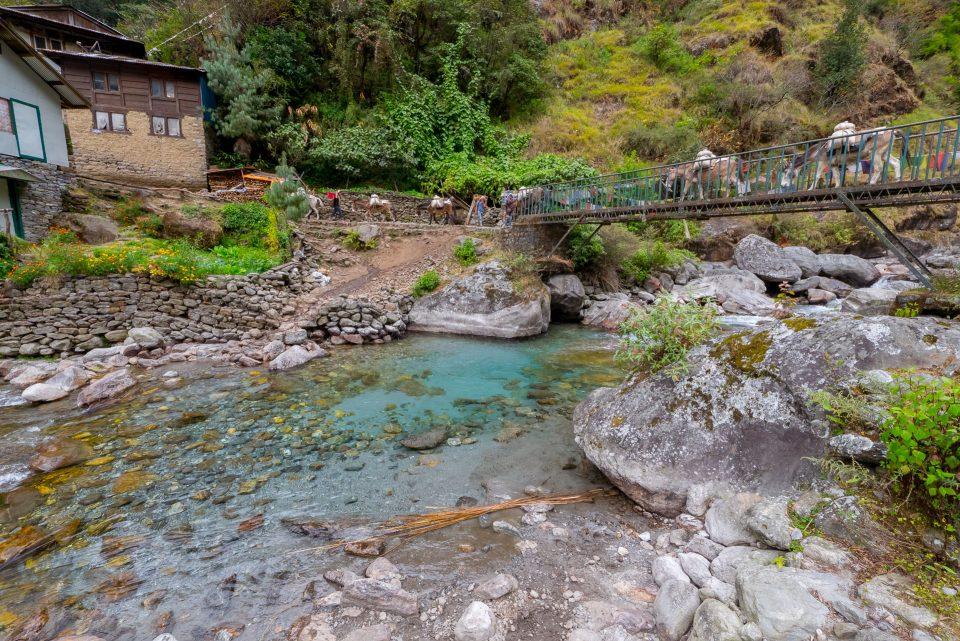 Мост в поселке Сурке