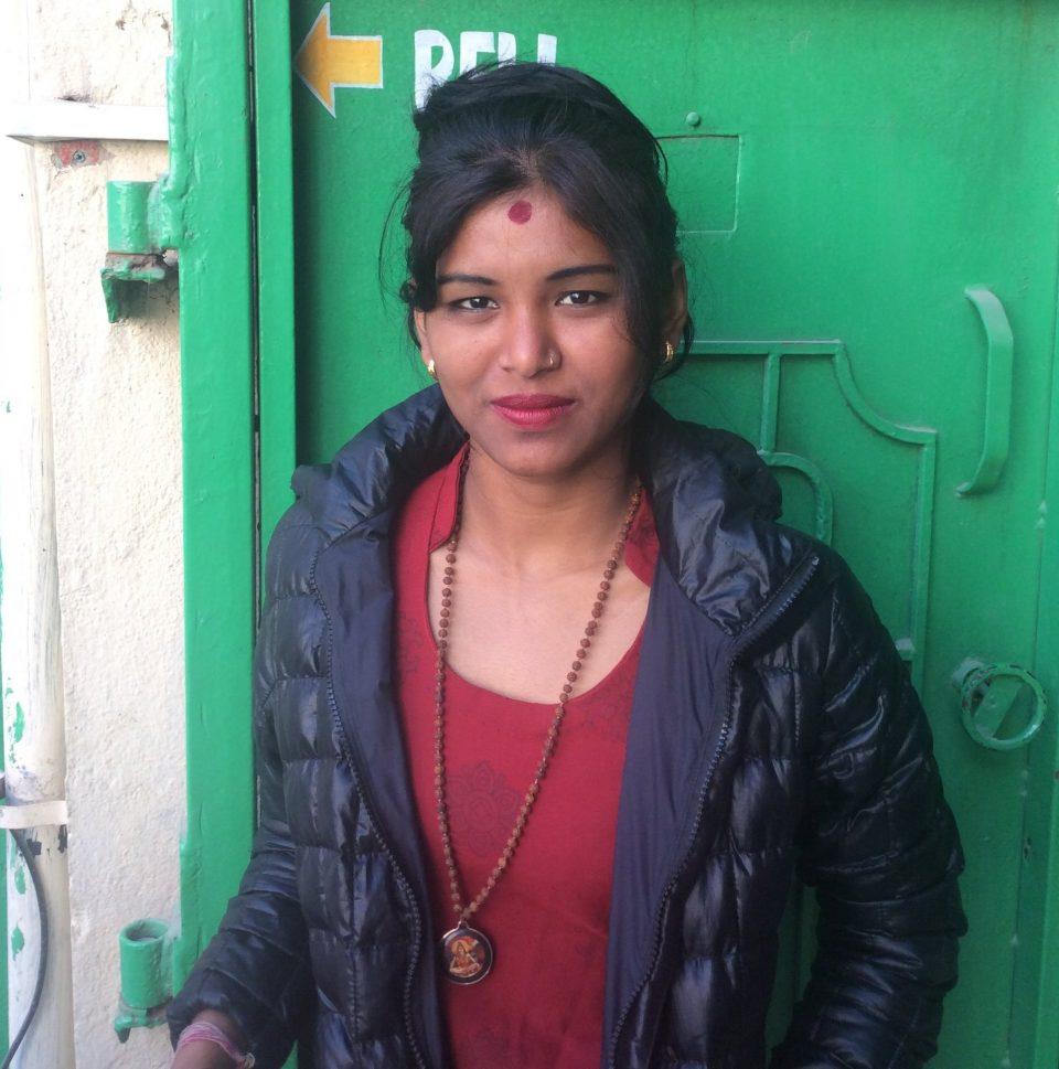 Красивая девушка в Катманду
